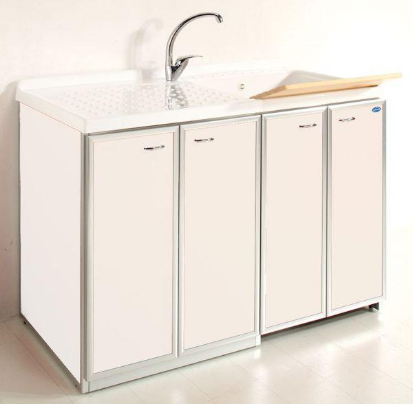 Lavatoio con piano coprilavatrice e ante di copertura 4 for Coprilavatrice alluminio