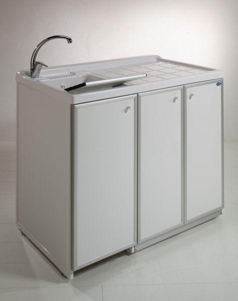 Lavatoio con piano coprilavatrice e ante di copertura 3 for Coprilavatrice alluminio